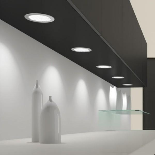 LED luč Metris